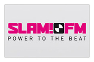 Enthousiaste voice-over voor radiopromo Hete 100 op SLAM!FM